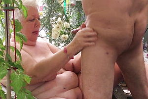 Amateur,blowjob,granny,cum In Mouth,cum swallowing,hd vids