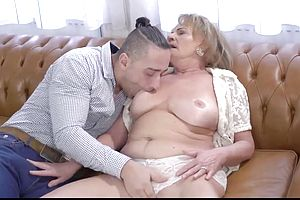 Granny,mature,milf,squirt,unsorted,straight