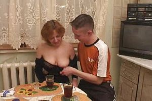 granny,group Sex,russian,threesome,mature,straight