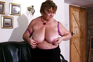 thick tits,granny,mature,straight