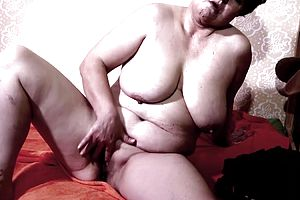 Masturbation,mature,straight,fingering,granny,hairy