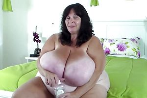 Large tits,granny,mature,straight