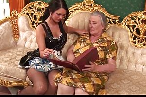 Cougar,granny,mature,straight