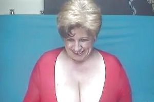 Short hair mature tube