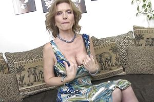 Amateur,mature,straight,granny