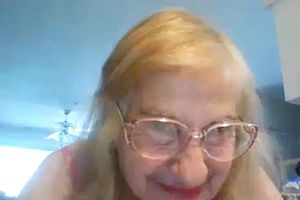 Granny,mature,webcam,straight