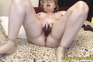 amateur,big butt,solo,matures,granny,orgasms,webcams,hardcore,peeing