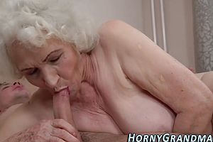 blowjobs,facials,hairy,granny,sucking