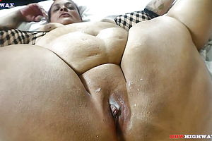 mature,milf,granny,hd Videos,doggy style,big rump