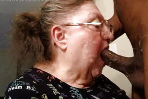 Blowjob,mature,granny,cum in Mouth,american