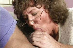 blowjob,brunette,mature,old amp,young,granny,nylon